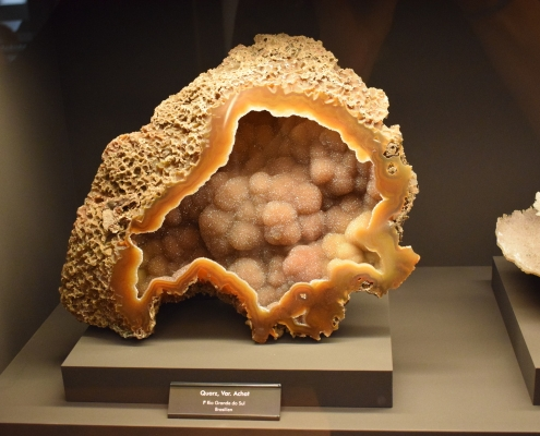 Barevná krása krystalů